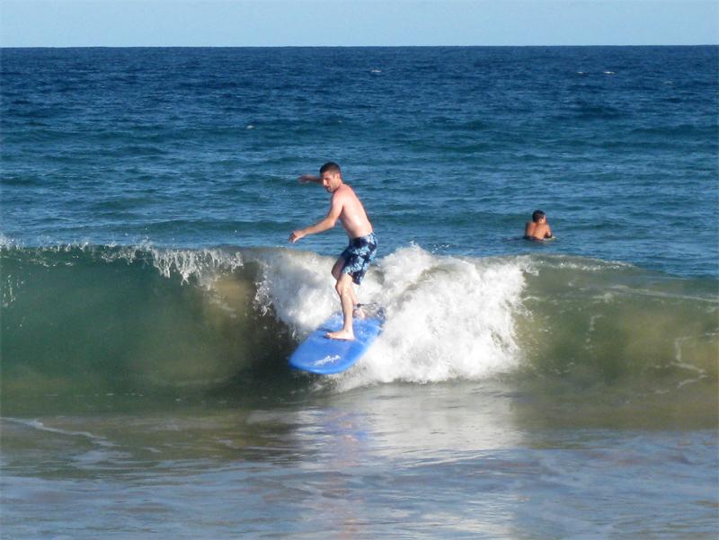 Jesse surfing2
